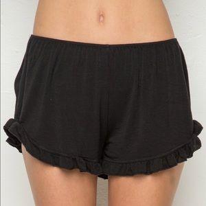 Ruffle bottom brandy Melville shorts
